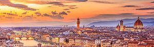 Skyline von Florenz bei Nacht I von Teun Ruijters