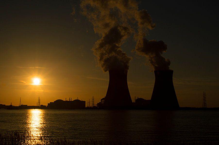 sunset nuclear plant van HP Fotografie