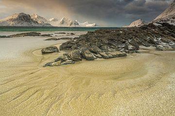 Haukland Beach Lofoten van Nancy Carels