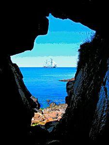 Höhle und Schiff
