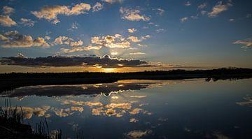 Landschap weerspiegeling. von Robert Moeliker