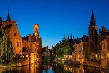 Prachtig plaatje van Brugge bij avond, België van Rietje Bulthuis
