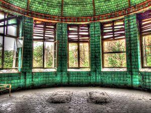 Badehaus in altem und verlassenem Sanatorium