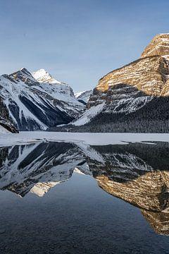 Mount Robson, BC von Luc Buthker