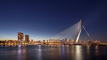 Rotterdam Skyline sur Michael Valjak