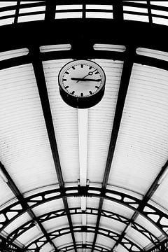Bahnhofsuhr von M. van Oostrum
