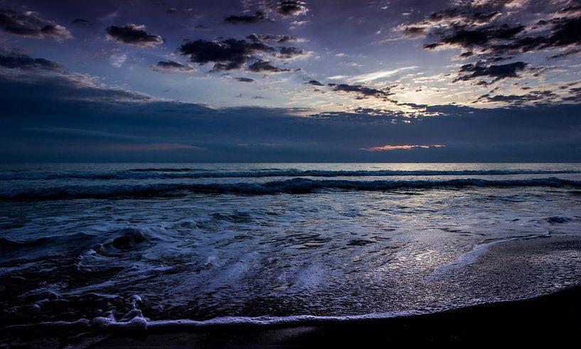 Clouds and water van Herbert Seiffert