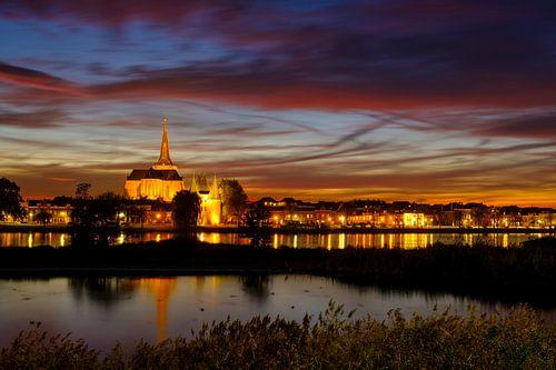 venkerk in het oude centrum van Kampen langs de IJssel van Sjoerd van der Wal