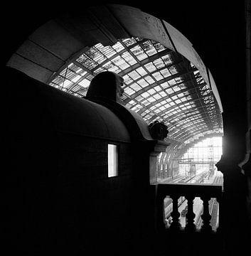 Gare centrale Anvers sur Raoul Suermondt