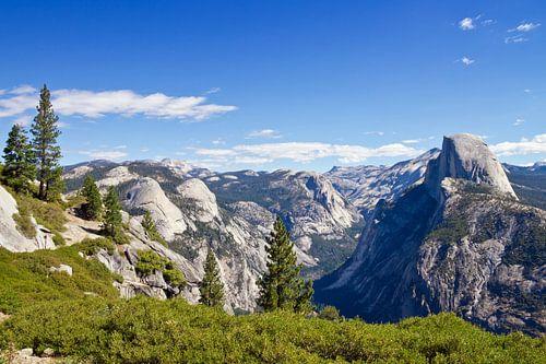 YOSEMITE VALLEY Gorgeous View