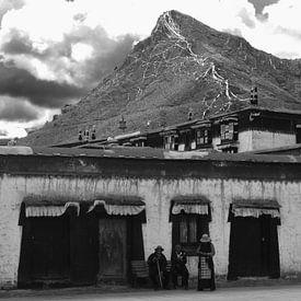 Tibetaans straatleven van Zoe Vondenhoff