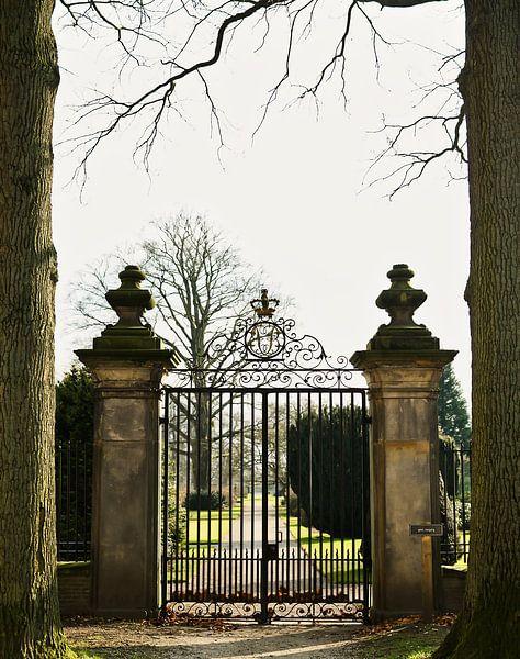 De poort naar.... van Sran Vld Fotografie