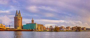 Skyline Roermond in de namiddagzon II van Teun Ruijters