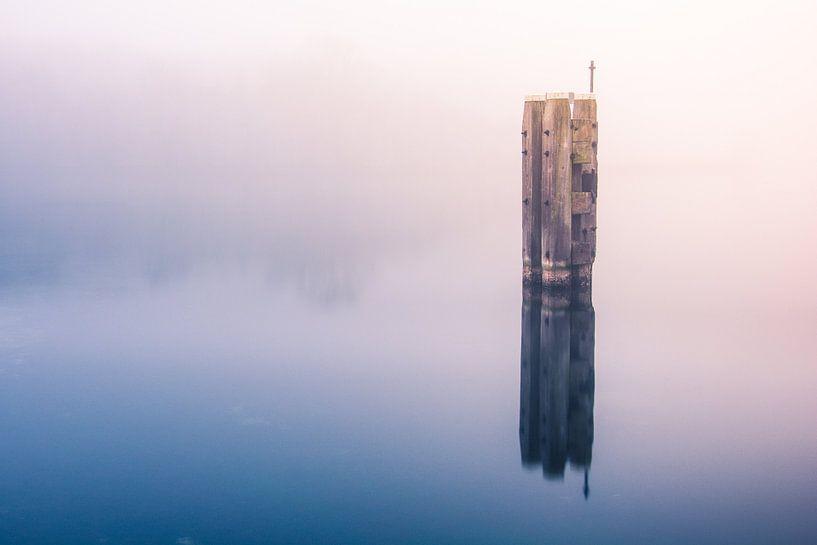 Onzichtbaar water van Bert Zuidweg