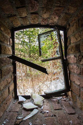 Gebroken raam van