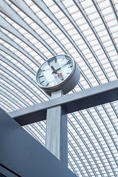 Bahnhofsuhr in Lüttich - Guillemins von Daan Duvillier