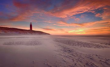Vuurtoren Texel bij zonsondergang sur John Leeninga