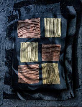 Schwarz, Bronze, Gold von Yvonne Smits