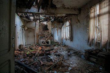 Afgebrande kamer von Ivana Luijten