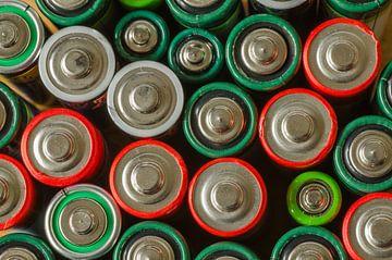 Rode en groene batterijen van Tonko Oosterink