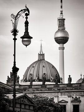 Schwarzweiss-Fotografie: Berlin – Unter den Linden von Alexander Voss