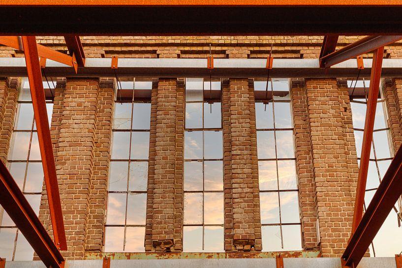 Fabrieksmuur van Anjo ten Kate