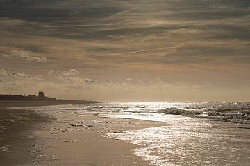 Moody beach van Corine Harkes