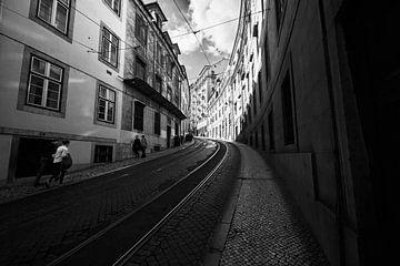 Lissabon Straße von Erol Cagdas