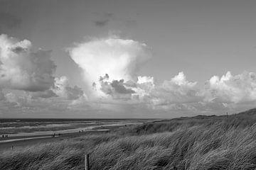Blick in die Wolken von Rob Donders Beeldende kunst