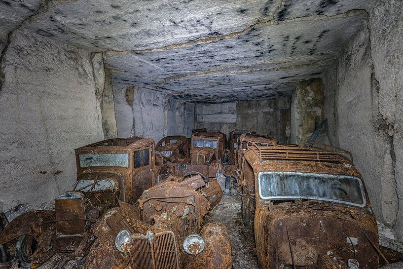 Oude auto's  ( urbexlocatie ) von Henk Smit