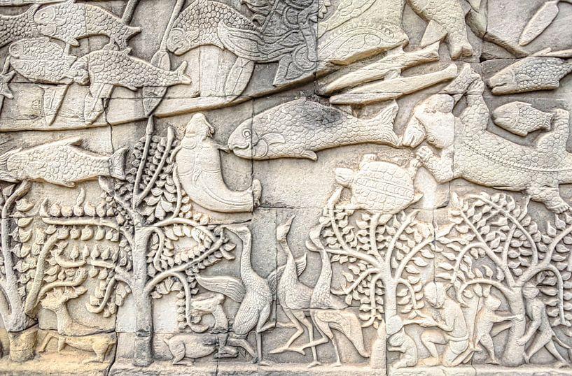 Reliëf beeldhouwwerk in de tempel van Cambodja van Rietje Bulthuis