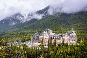 Banff Springs Hotel, Schloss in den kanadischen Rocky Mountains von Rietje Bulthuis