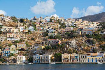 Farbenfrohe Häuser in Symi, Griechenland