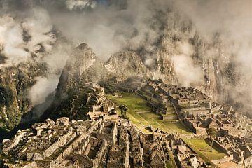Machu Picchu, alte Inkastadt, Peru von Frans Lemmens