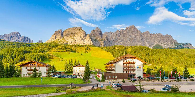 Hotel in de Dolomieten, Italië  van Tux Photography