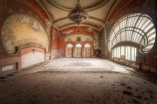 Majestueuze Balzaal. van Roman Robroek
