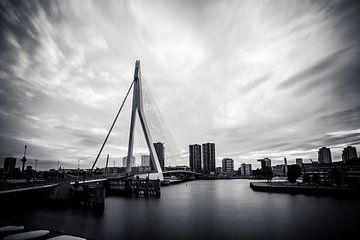 Rotterdam, de Erasmusbrug van Parallax Pictures