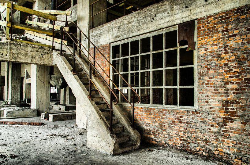 Staircase (Urbex) van Jaco Verheul