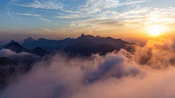 Rio in de wolken III van Merijn Geurts