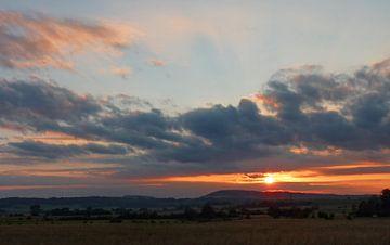 Sonnenuntergang in Frankreich von Caroline Lichthart