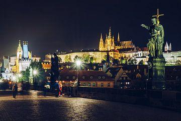 Prag - Karlsbrücke bei Nacht von Alexander Voss