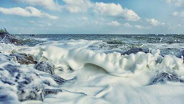 De schuimende kust von Remco de Vries