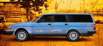 Volvo 245 in kunstblauw van aRi F. Huber