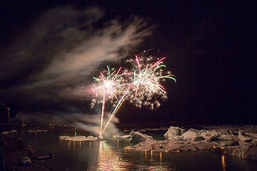 Vuurwerk boven Jokulsarlon van
