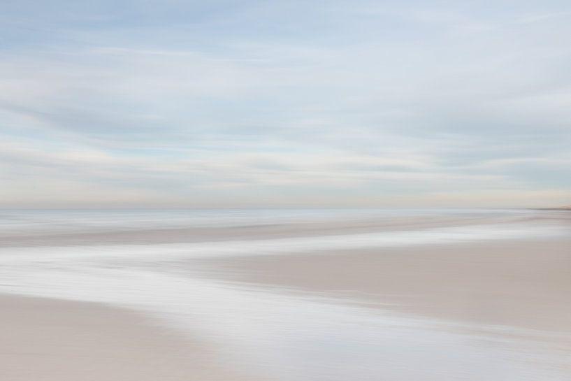 Zen aan het Pastel kleurig strand van Vandain Fotografie