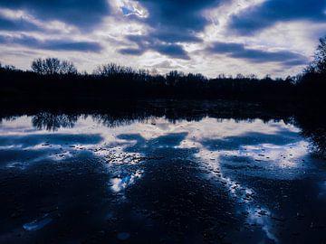 Bevroren meer van Loïs Jongedijk
