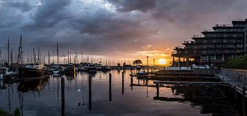 Zonondergang bij hotel Newport (panorama) von Vincent Snoek