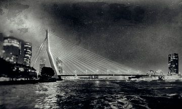 Erasmus-Brücke am Abend 2 von Jan van Reij