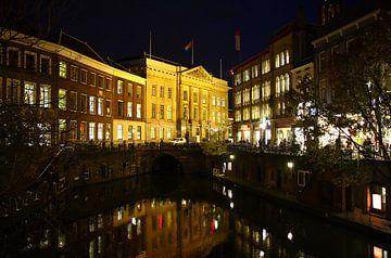 Gemeentehuis aan de Oudegracht te Utrecht van Yvonne Smits
