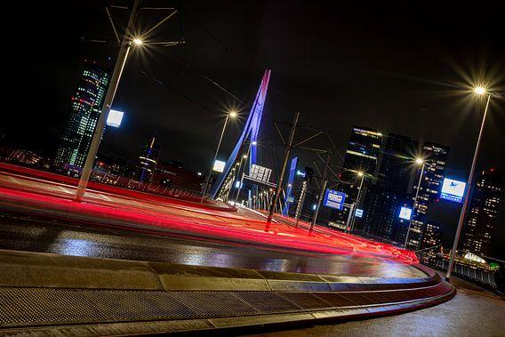 Rotterdam - Lichtstrepen - Erasmusbrug